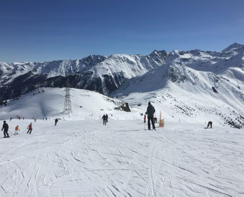 Ski lessons on Savolyre, Verbier