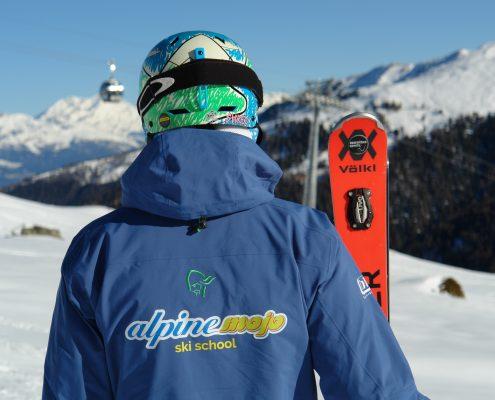 Ski instructor at alpinemojo