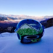 How to chexk if your ski helemt is safe
